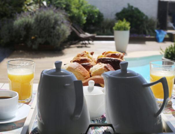 desayuno piscina 8